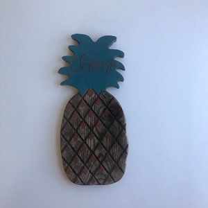 vtg wooden pineapple wall hanging, wooden wall art